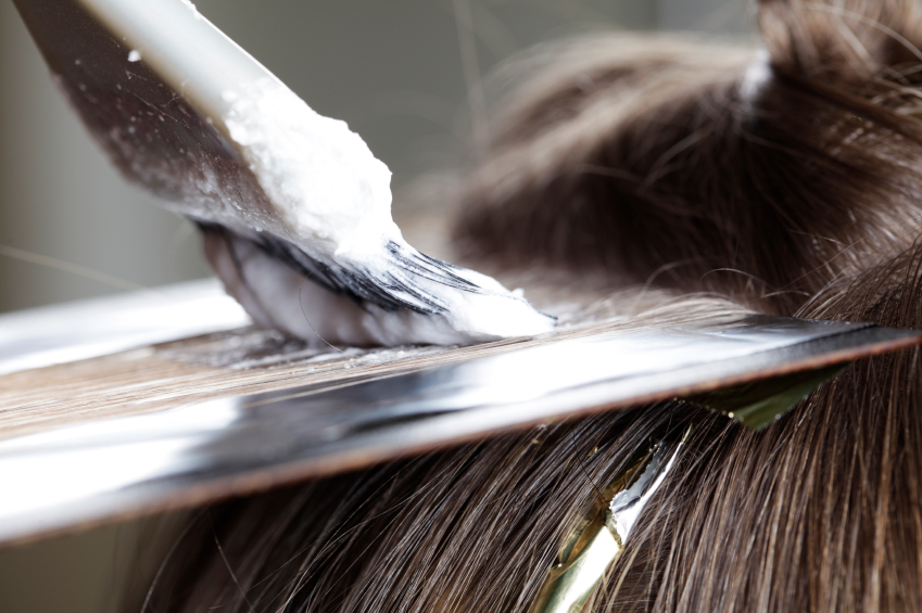 Denver hair salon hairstylist lone tree highlands ranch for A salon to dye for